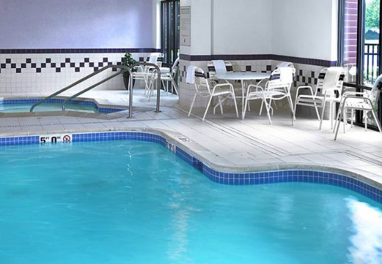 Lincolnshire, IL : Indoor Pool
