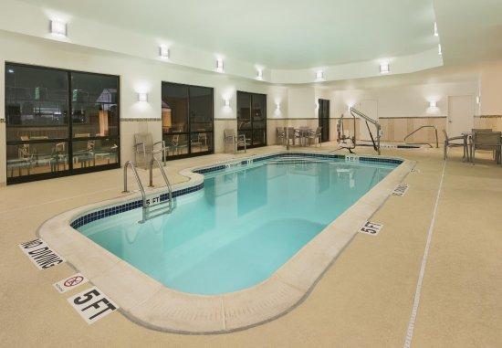 Mishawaka, Индиана: Indoor Pool