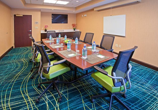 Carmel, IN: Boardroom