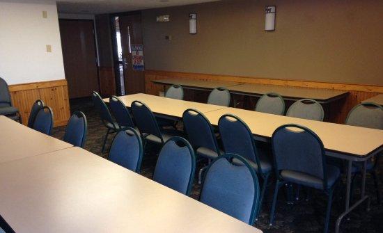 Stuart, IA: Meeting Room