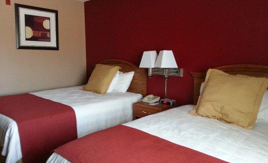 Coralville Ia Hotel Double Queen