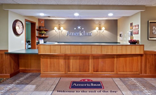 AmericInn Lodge & Suites Weston: Frontdesk