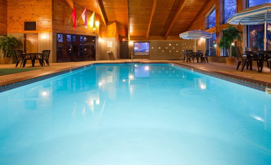 Plymouth, Wisconsin: Pool