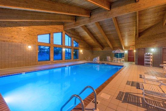 Minocqua, WI: Pool