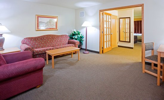 Blackduck, MN: Two Room Suite