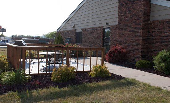 West Bend, WI: Patio