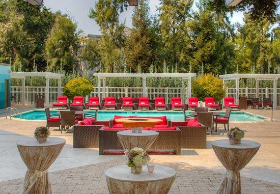 Pleasanton, CA: Poolside Events