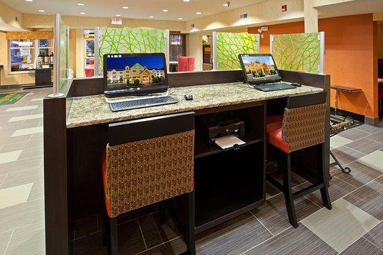 Cookeville, Теннесси: BusinessCenter