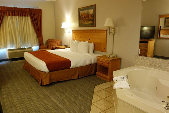 Round Rock, TX: Whirlpool Suites