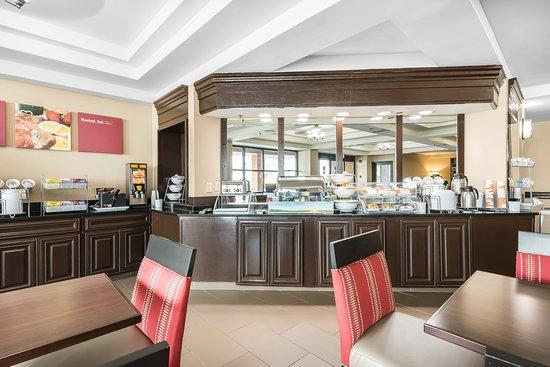 Comfort Suites Baymeadows : Breakfast area