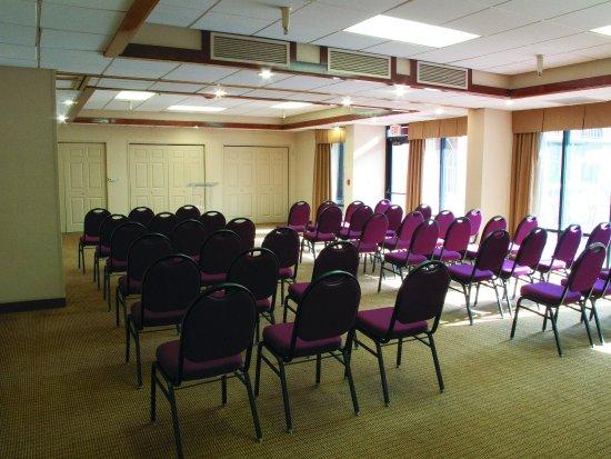 Thousand Oaks, CA: MeetingRoom