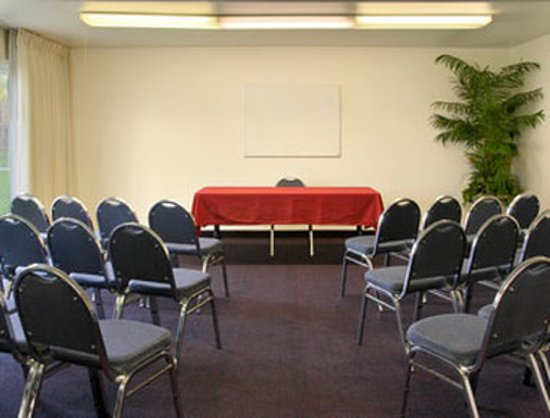 Days Inn Modesto: Meeting Room