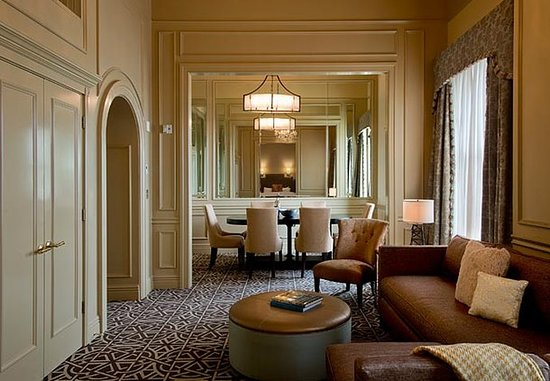 Hotel ICON, Autograph Collection: Hospitality Suite   Dining Area