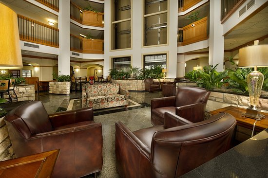 ‪‪Drury Inn & Suites San Antonio Northwest Medical Center‬: Lobby‬