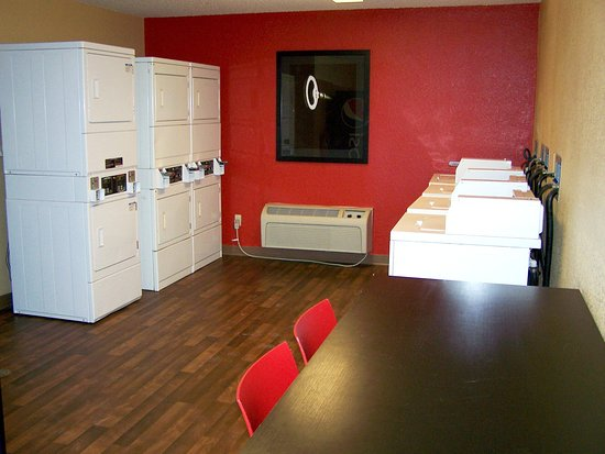 Extended Stay America - Minneapolis - Airport - Eagan - South: On-Premise Guest Laundry