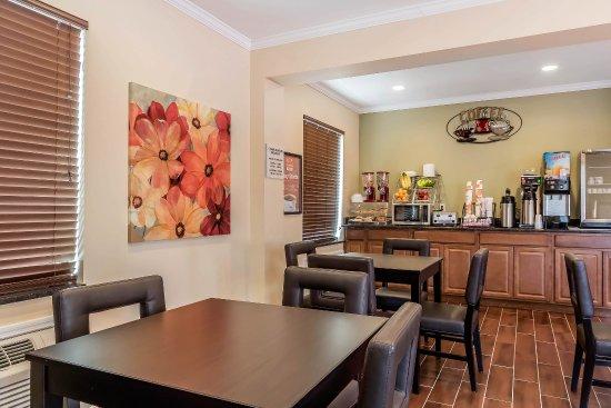 Boaz, ألاباما: Breakfast area