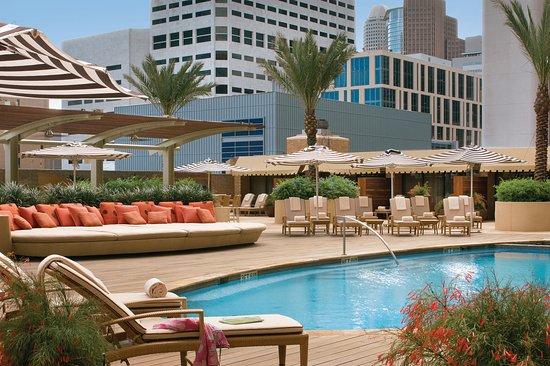 Four Seasons Hotel Houston: Four Seasons Houston Pool