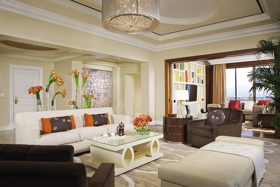 Beverly Wilshire Beverly Hills (A Four Seasons Hotel): Penthouse Suite Living  Room And Part 58