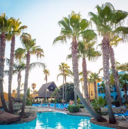 Playaballena Spa Hotel: Piscina
