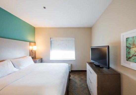 Lake City, FL: Suite