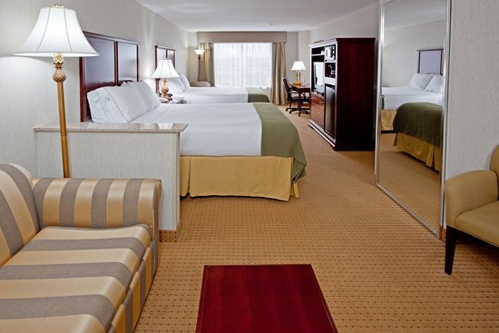 Holiday Inn Express Hotel & Suites Newton Sparta : Suites are known as our Home Away From Home