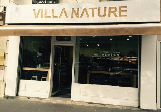 Aubervilliers, França: Adresse sympa à tester en plein centre ville. Les réalisations culinaires sont à tomber. Convivi