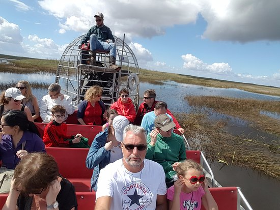 Miami, FL: airboat collectif