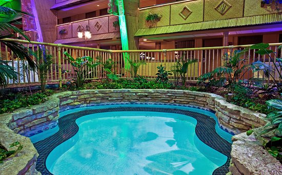 Holidome Pool Picture Of Holiday Inn Rolling Meadows
