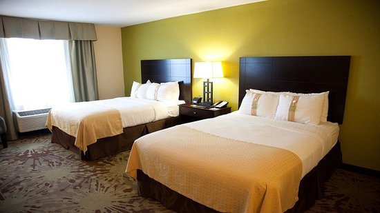 Holiday Inn Gurnee Convention Center: Double Bed Guest Room
