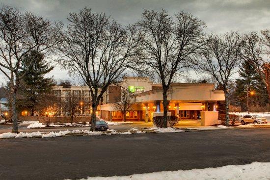 Poughkeepsie, NY: Exterior Feature