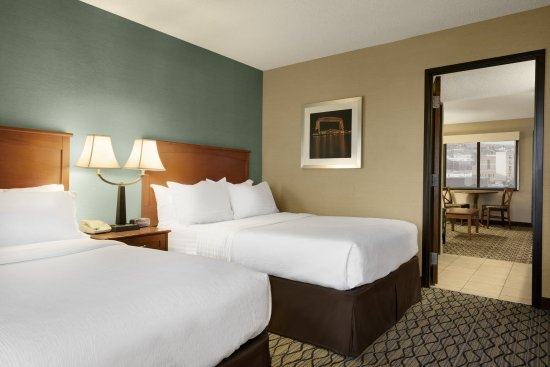 Holiday Inn & Suites Duluth Downtown: Suite