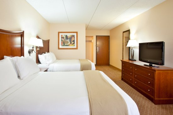 Wauwatosa, WI: Double Bed Guest Room