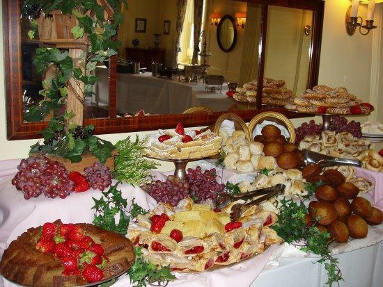 Lincklaen House: Sunday Breakfast Buffet