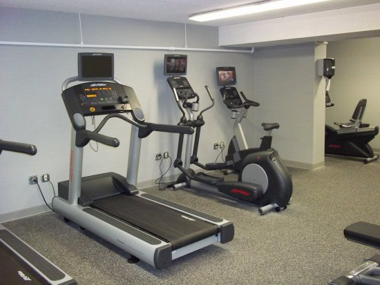 Mansfield, MA: Fitness Center