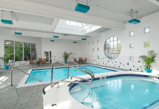 Holiday Inn St. Louis SW Route 66: Enjoy the Indoor Pool and Whirlpool year round