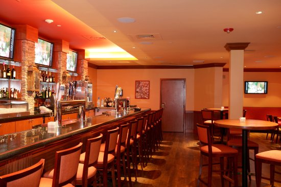 Lakewood, CO: Daily Happy Hour at the Innsider Bar & Grill