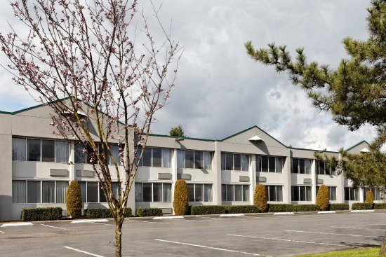 Holiday Inn Seattle - Issaquah: 100 spacious and modern guest rooms.