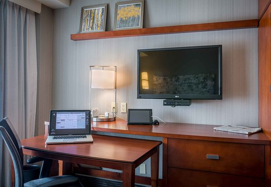 Culver City, Kaliforniya: Guest Room Work Desk