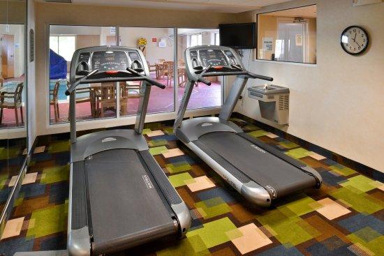 Holiday Inn Express St. Joseph: Fitness Center