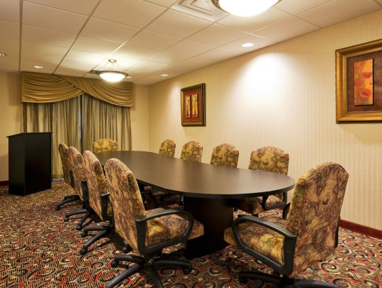 Harriman, TN: Boardroom