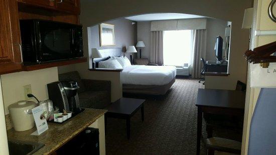 Concordia, Канзас: King suite w sofa sleeper, Keurig coffee maker, micro and fridg