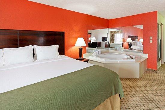 Dandridge, TN: Suite
