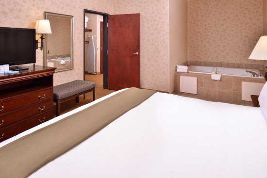 Albany, OR: Presidential Suite