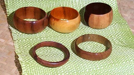 Pulseras de madera de Campeche