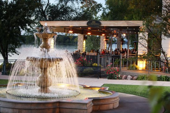 Waterfront Restaurant and Tavern: Summer evening on our riverfront patio