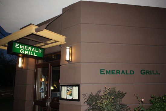 Holiday Inn Seattle Downtown: Hotel Restaurant Entrance - The Emerald Grill