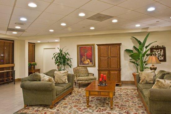 Holiday Inn Port St. Lucie : Lobby Lounge