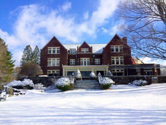 Winter wonderland at the Wilburton Inn in Manchester, Vermont