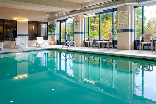 Syracuse Hotels With Indoor Pools