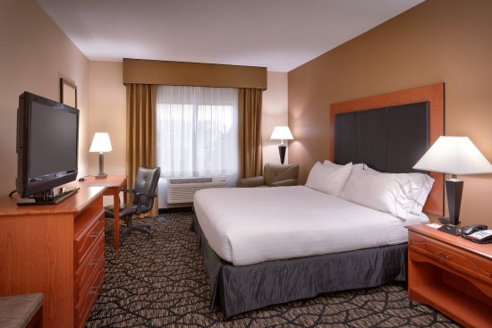 Holiday Inn Express Hotel & Suites Grand Junction: King Accessible Roll In Shower Guestroom